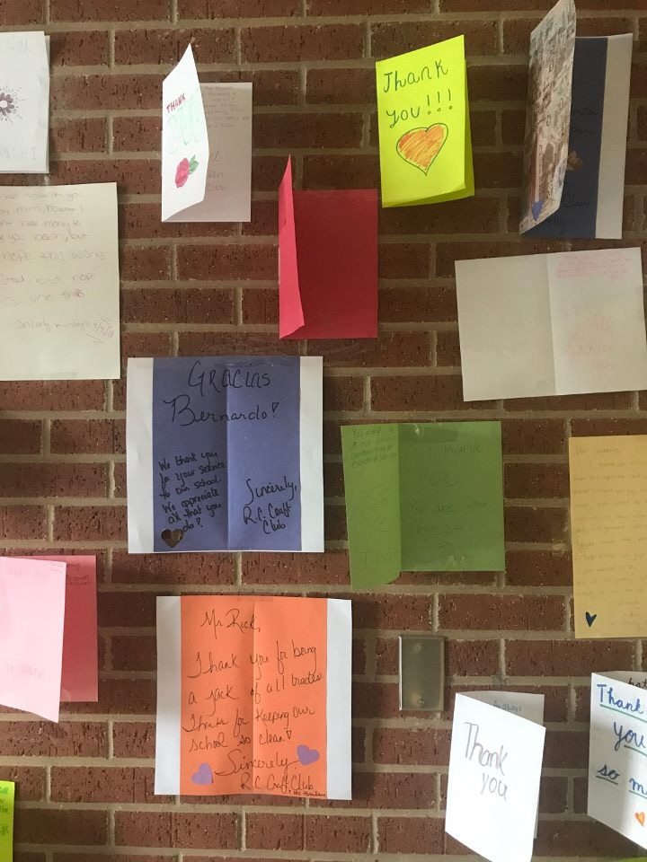 students create thank you cards