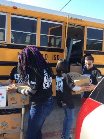 AVID students Stuff the Bus